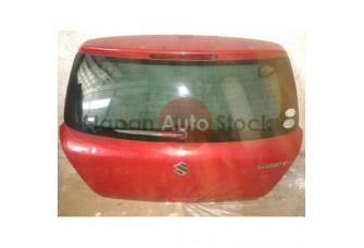 Крышка багажника Suzuki Swift