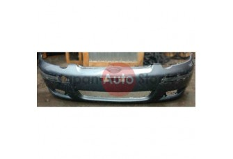 Передний бампер Toyota Yaris