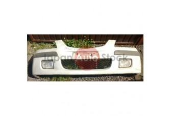 Передний бампер Mazda Premacy