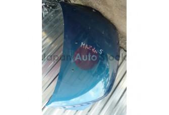 Капот Mazda 5